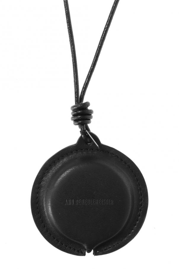 Meter measure necklace od Ann Demeulemeester