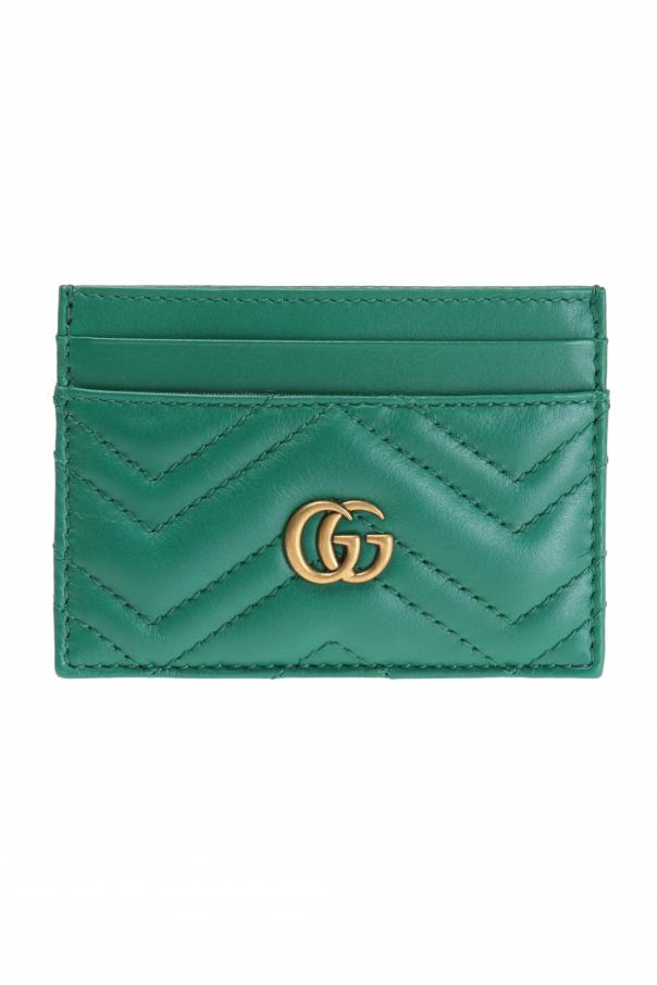 gucci case analysis Gucci group nv (a) case solution, gucci examines recovery and transition from a single brand to a multi-company a new version of an earlier case by david b yoffie, mary kwak source: hbs.
