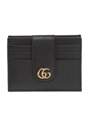 Card case with a logo od Gucci