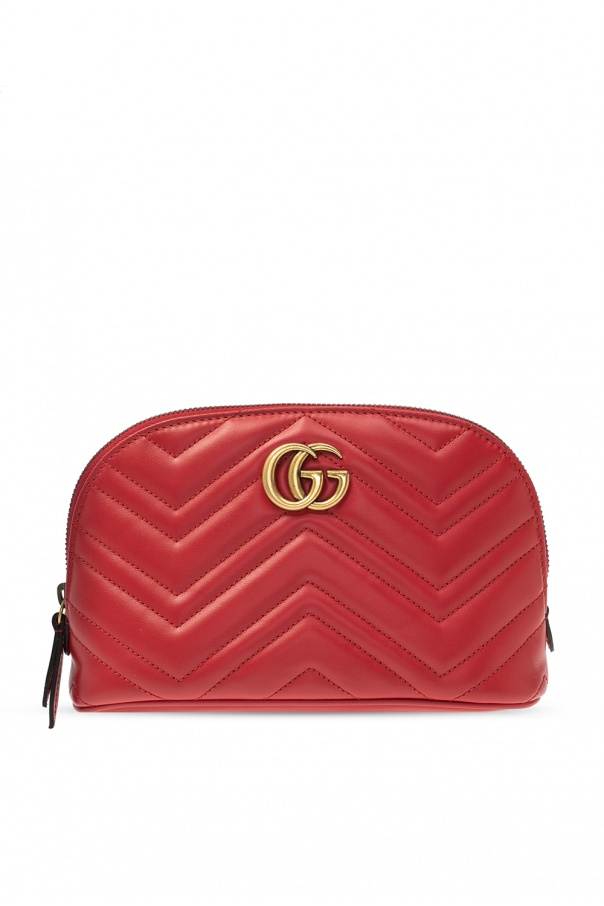 Gucci 'GG Marmont' quilted wash bag with logo