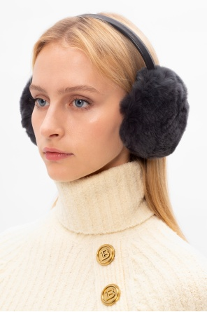 Fur earmuffs od Yves Salomon
