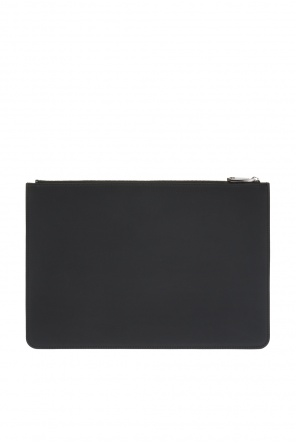 Logo clutch od Givenchy