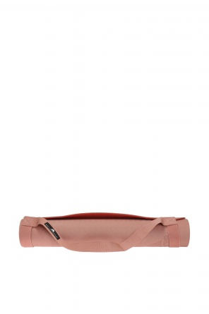 Patched yoga mat od Adidas by Stella McCartney