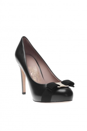 'pimpa' pumps od Salvatore Ferragamo