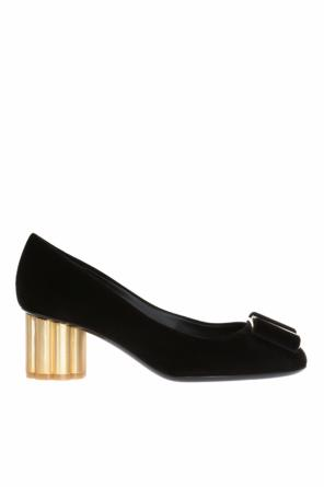 Embellished pumps od Salvatore Ferragamo