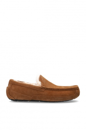 'm ascot' moccasins with fur lining od UGG