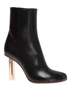 Embellished ankle boots od Vetements