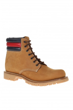 Lace-up suede boots od Gucci