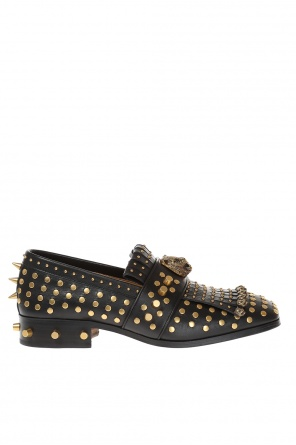 Studded leather shoes od Gucci
