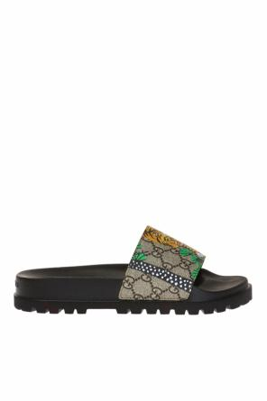 Printed sliders od Gucci