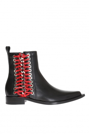 Chained ankle boots od Alexander McQueen