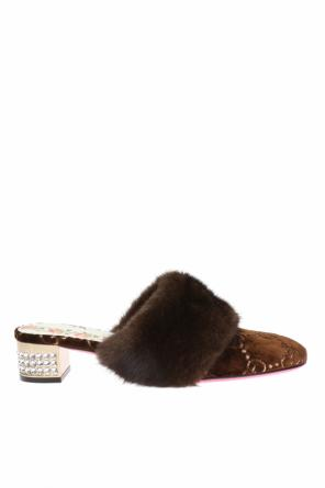 Mink fur pumps od Gucci