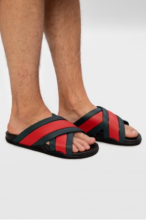 Web stripe slides od Gucci