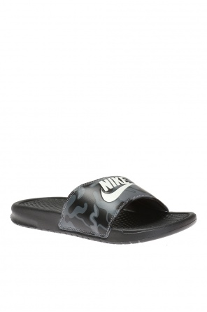 Klapki 'benassi just do it print' od Nike