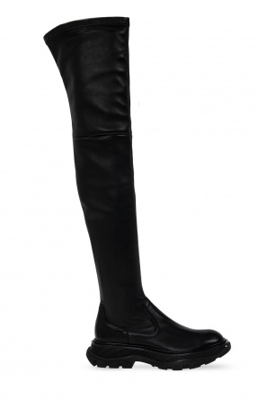 Thigh-high boots od Alexander McQueen