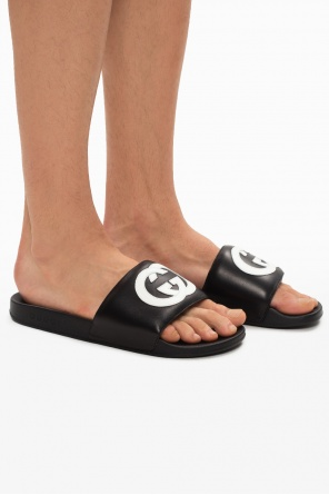 Slides with logo od Gucci