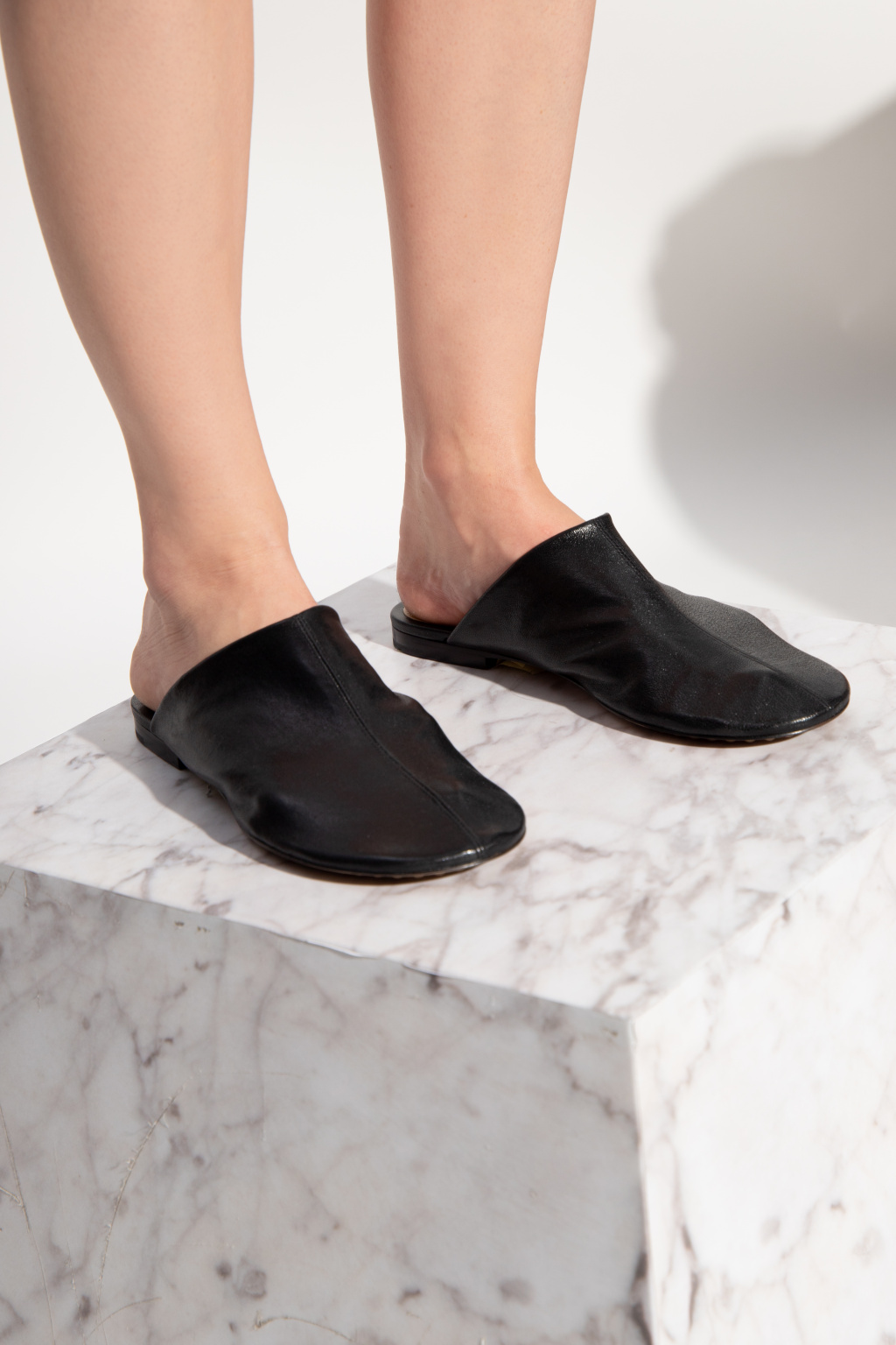 Bottega Veneta Dot拖鞋