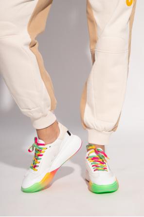 'loop' sneakers od Stella McCartney
