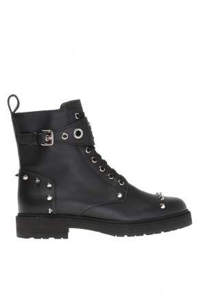 Studded ankle boots od Fendi