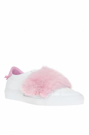 Fur-trimmed sneakers od Givenchy