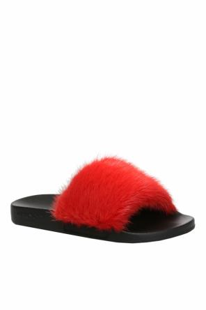 Fur slippers od Givenchy