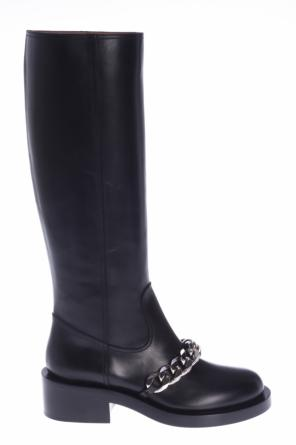 Metal chain boots od Givenchy