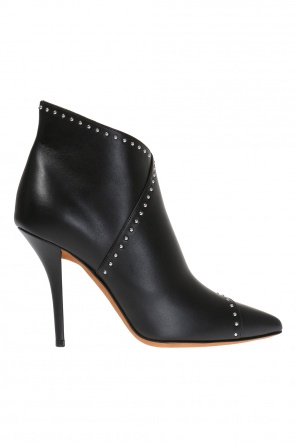 Heeled leather boots od Givenchy