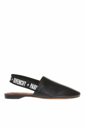 Elastic band slides od Givenchy