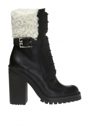 Block heel ankle boots od Givenchy