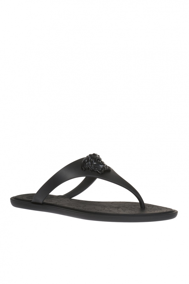 9ba66f075accc1 Medusa head flip flops Versace - Vitkac shop online