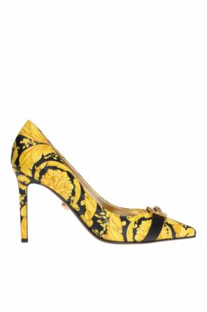 Baroque motif pumps od Versace