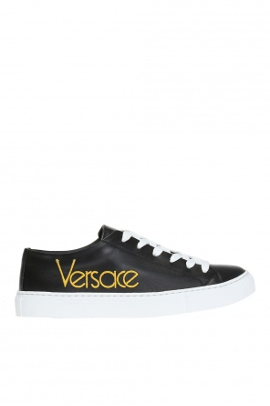 Logo-embroidered sneakers od Versace