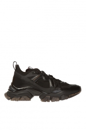 'leave no trace' sneakers od Moncler