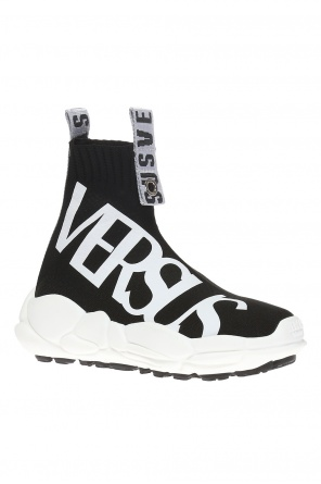 High ankle sport shoes with a sock od Versace Versus