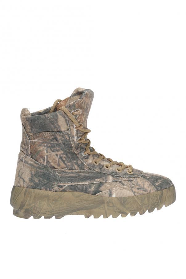 ac408631d3c9c Patterned boots Yeezy - Vitkac shop online
