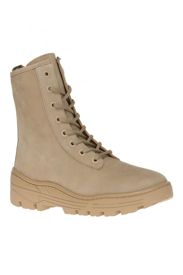 26c74af849b40 Suede boots Yeezy - Vitkac shop online