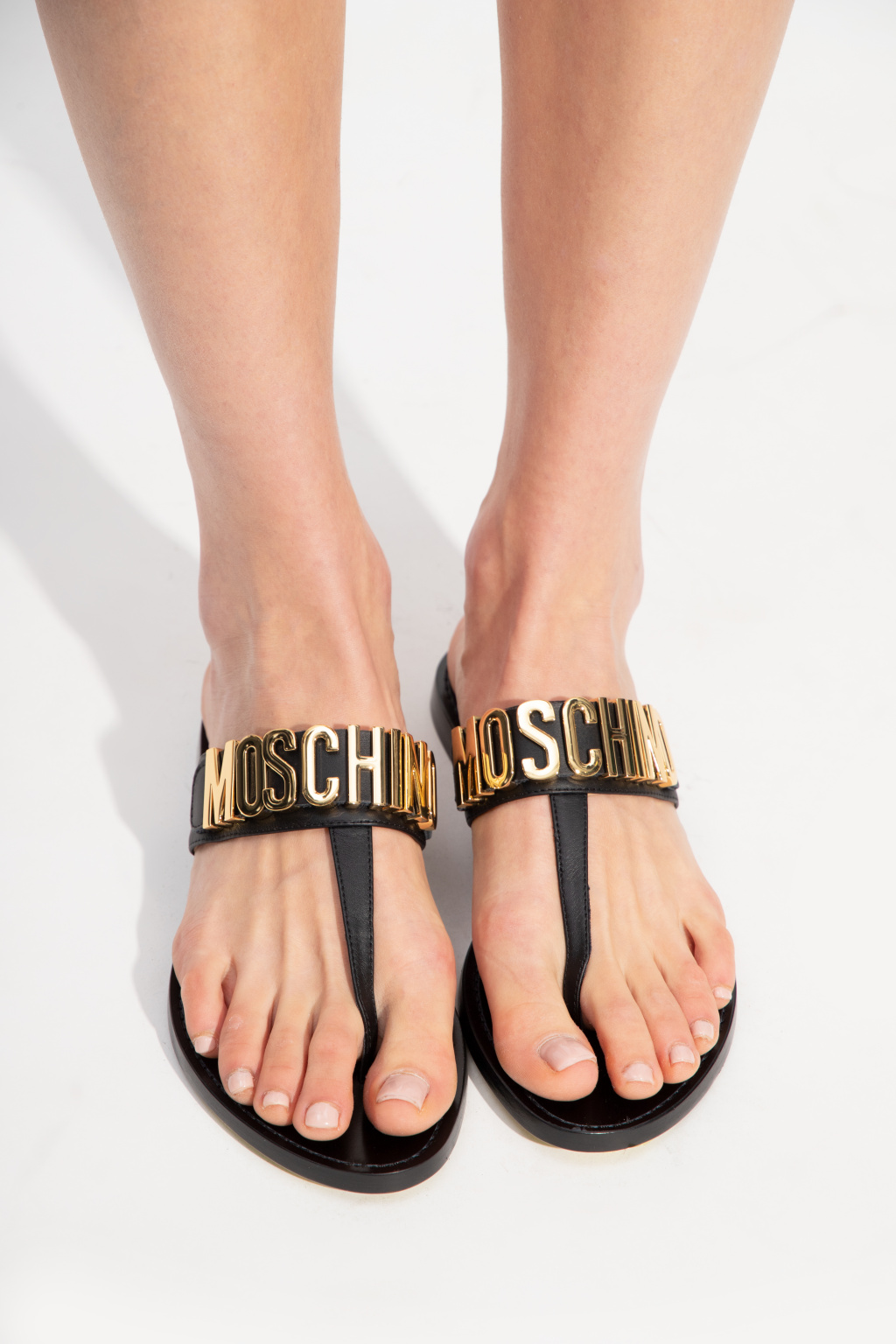 Moschino Flip-flips with logo