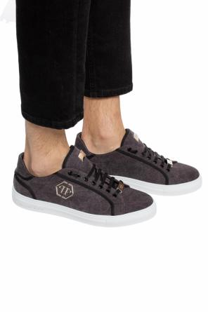 Sport shoes with a logo application od Philipp Plein