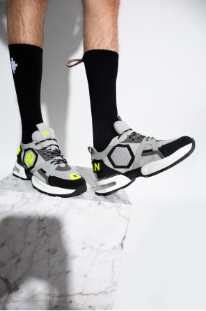 '$uper charged' sneakers od Philipp Plein