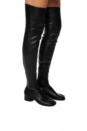 'tabi' heeled over the knee boots od Maison Margiela