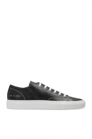 Tournament low运动鞋 od Common Projects