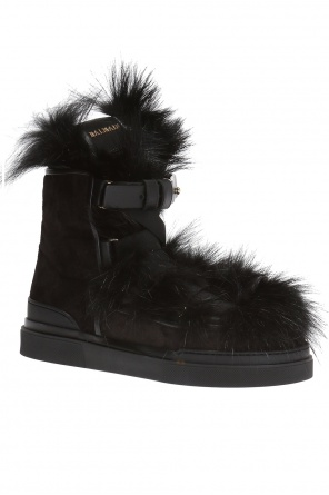 Fur-trimmed ankle boots od Balmain