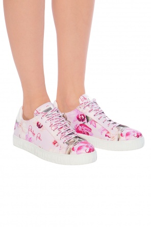 Sport shoes with a floral motif od Philipp Plein