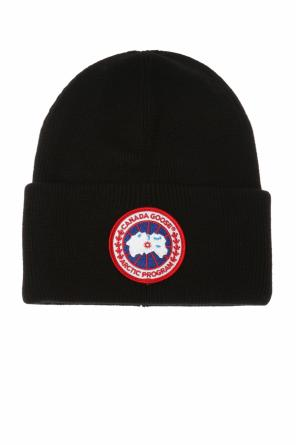 Wool hat with a logo od Canada Goose