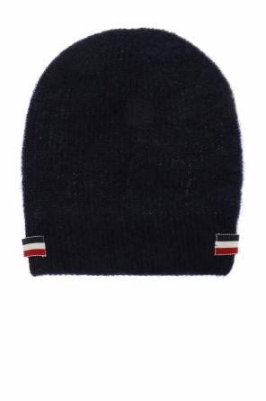 Patched hat od Moncler