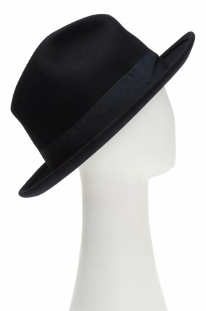 Hat with grosgrain band od Ami Alexandre Mattiussi
