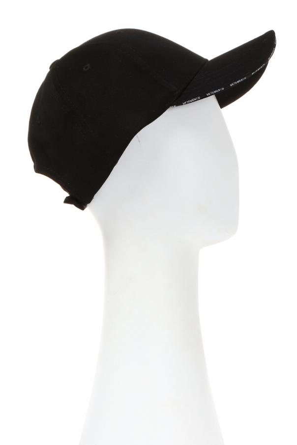 Logo-embroidered baseball cap Vetements - Vitkac shop online 0c1fa36269f