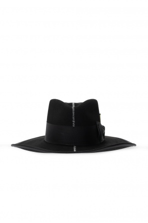 Rive饰帽 od Nick Fouquet