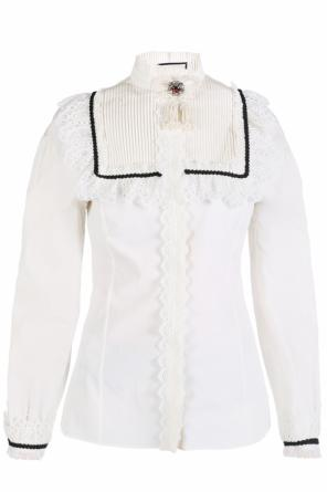 Lace-trimmed shirt with brooch od Gucci