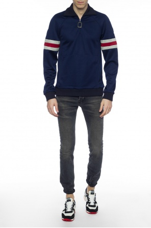 Raised collar sweatshirt od J.W. Anderson